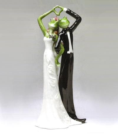Elegant Porcelain Frog Wedding Couple