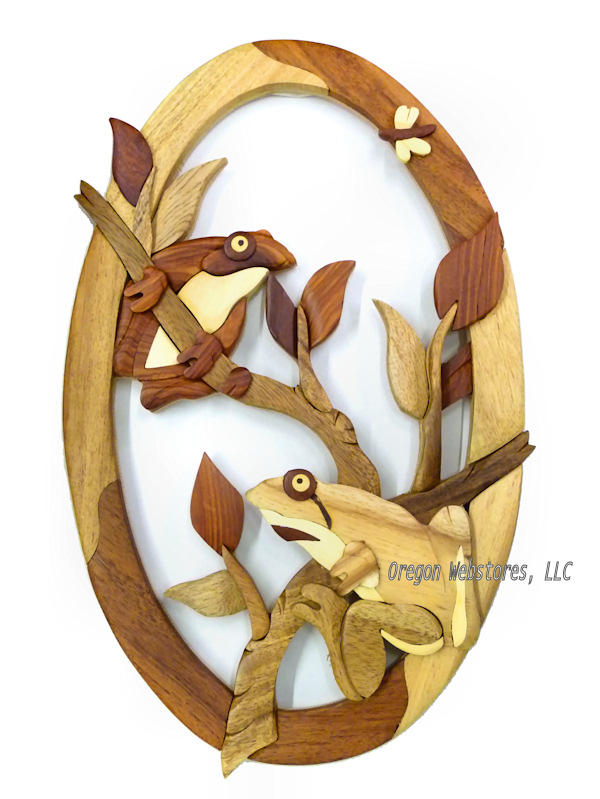 Wooden Oval Frogs Wall Hanging