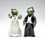Frog Wedding Couple Salt & Pepper Shakers