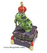Praying Frog Prince Box