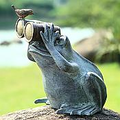 Birdwatching Big Metal Garden Frog