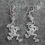 Silver-plated Climbing Frog Earrings